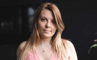 3. Elle a co-fondé une entreprise de Marketing d'influence, Avec Alexandra Picard-Dudé